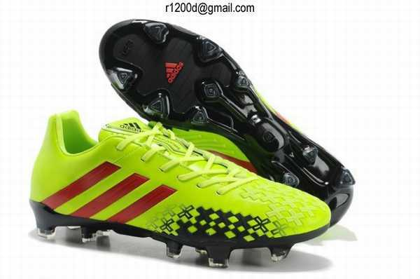 chaussure de foot a prix reduit chaussures football adidas predator chaussures de foot adidas. Black Bedroom Furniture Sets. Home Design Ideas